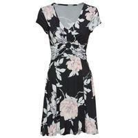 82c118fa73 Suknie i sukienki bonprix klasyczny - porównaj ceny z Najtaniej.co