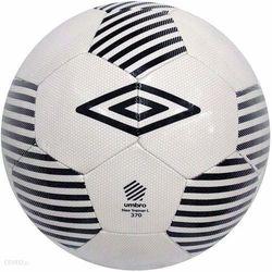 Piłka nożna UMBRO Neo Trainer czarna L 390g