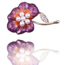 Broszka damska fioletowy kwiat z perełkami i cyrkoniami - biały ||pomarańczowy ||fioletowy