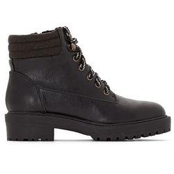 Buty w górskim stylu, podeszwa bieżnikowana
