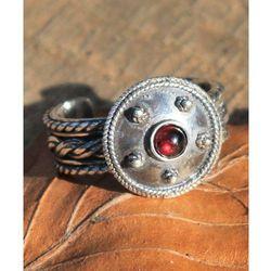 Pierścień rzymski z granatem srebro Ag 925 FGJ147