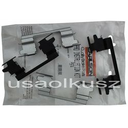 Zestaw montażowy tylnych klocków D974 Chevrolet Suburban 1500 RWD 2003-2006
