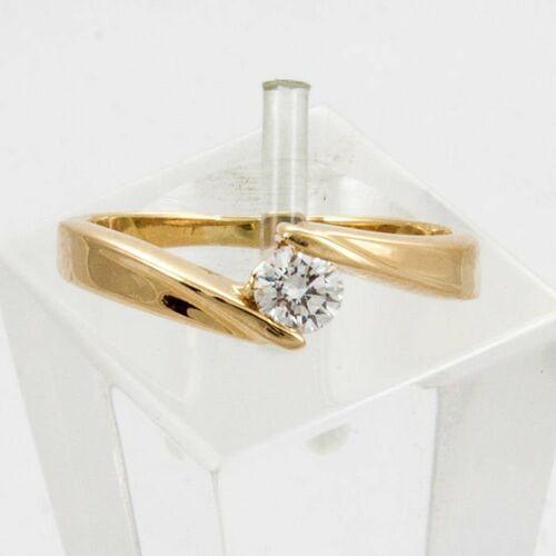 Pierścionki i obrączki, Złoty pierścionek z diamentem P1515