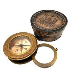 Mosiężny kompas ze szkłem powiększającym w skórzanym etui - 70510
