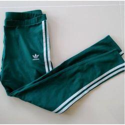 ADIDAS Originals 3 Str Tight - Dresy z paskiem i logo - Zielony